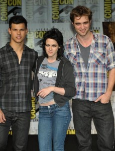 Taylor Lautner, Kristen Stewart, Robert Pattinson - Photo Property of GettyImages.com