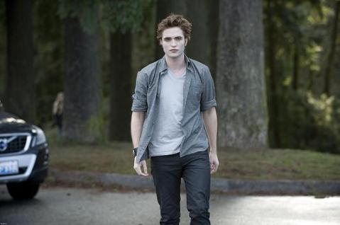 Rob Pattinson as Edward Cullen - Twilight Saga:  New Moon, Summit Entertainment